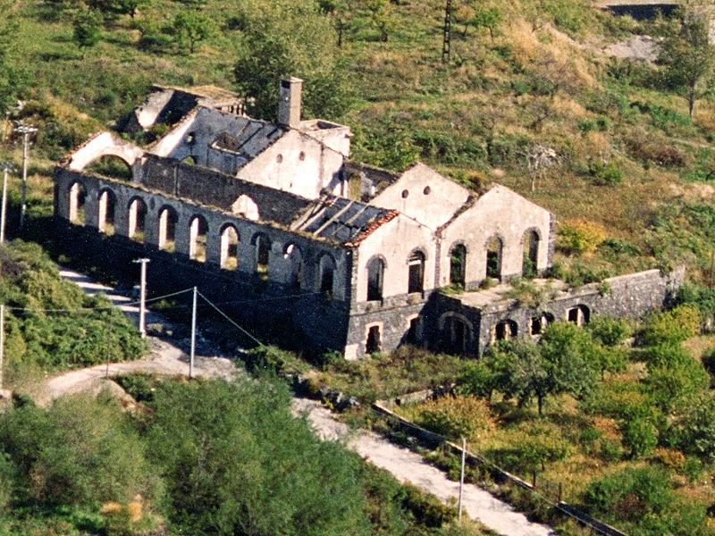 Stazione Cook in stato di abbandono