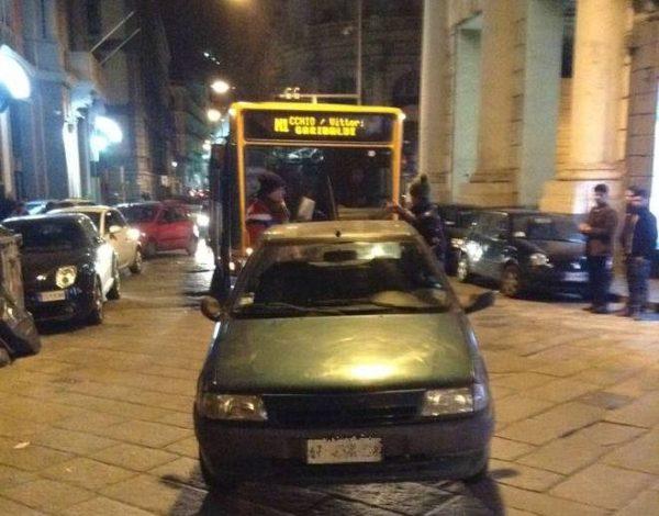 parcheggio selvaggio Napoli