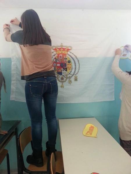 Bandiera borbonica Liceo a Torre del Greco