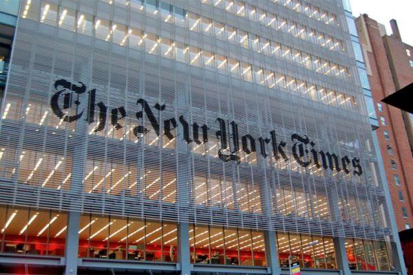 il-new-york-times-venite-a-napoli-sarete-sodd-L-fPP47Y