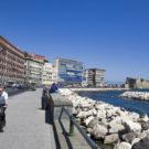 Il lungomare di Napoli si abbellisce con i presepi