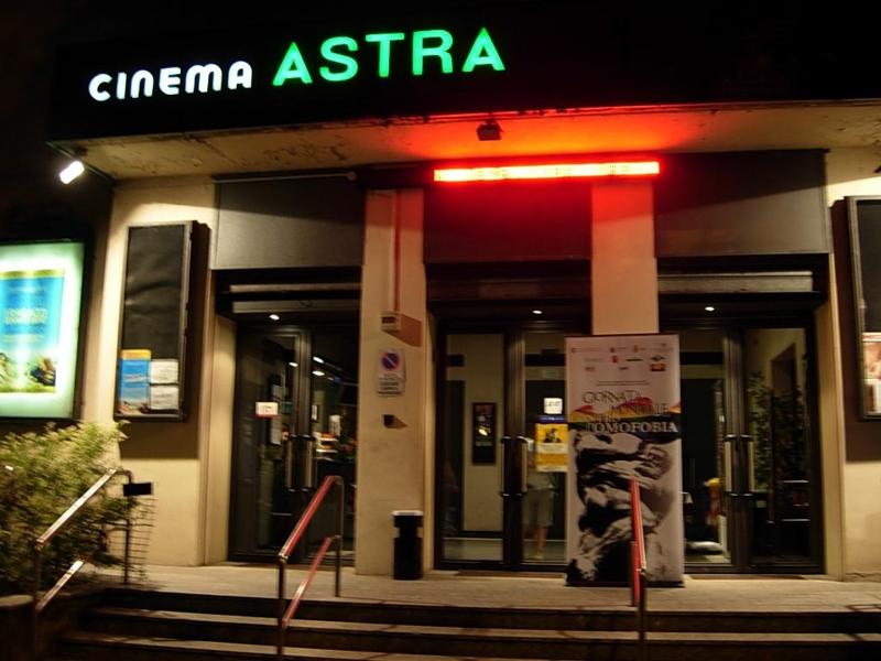 Risultati immagini per CINEMA ASTRA NAPOLI