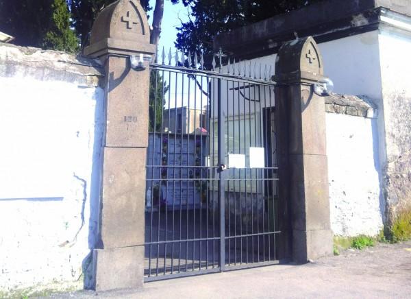 sant'anastasia cimitero