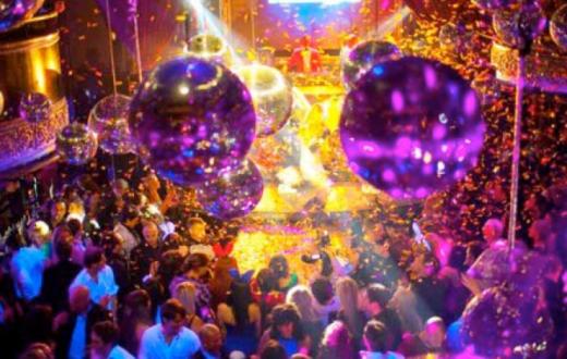Amsterdam discoteca esperimento Covid
