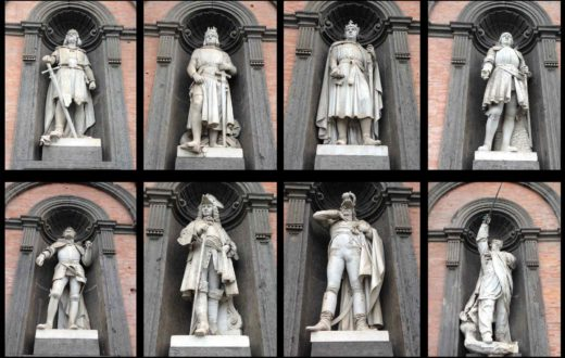 Statue Palazzo Reale
