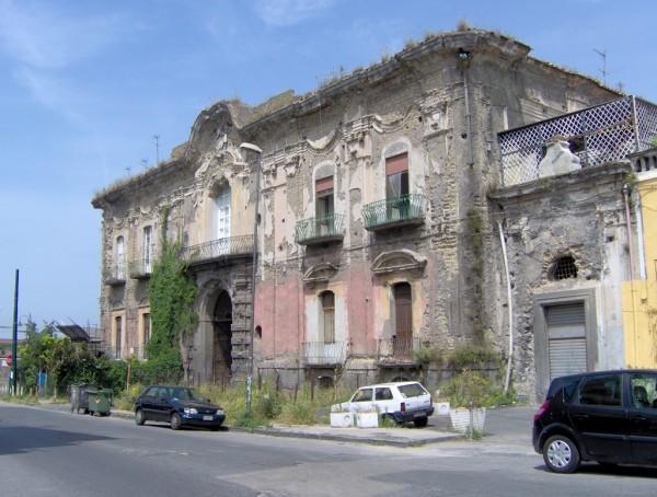 Villa Pignatelli di Montecalvo prima delle mesa in sicurezza