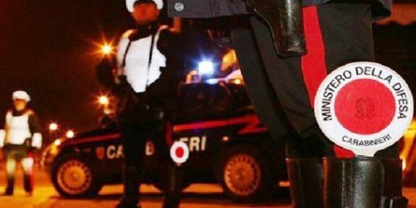 Carabiniere investito per una fuga di due malviventi