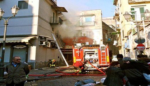 Salumeria incendiata - Fortunatamente nessun ferito