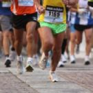 Maratona di Napoli: malori e incredibili atleti