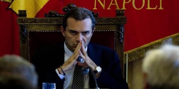 """Il comune di Napoli dichiarato """"Out"""" dalla Corte dei contiIl comune di Napoli dichiarato """"Out"""" dalla Corte dei conti"""