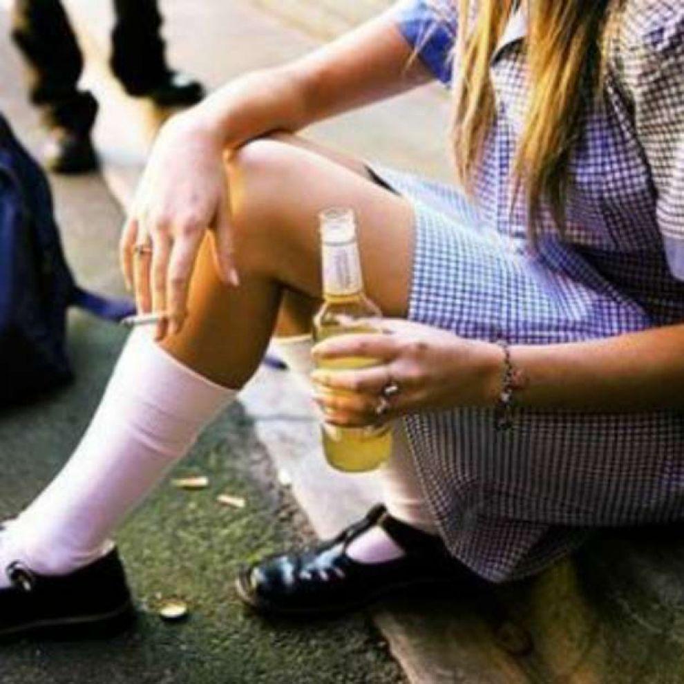 Пьяные подростки дома 22 фотография