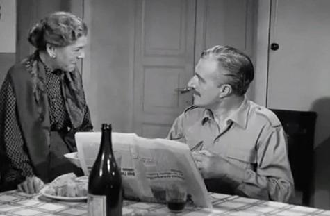 Tina Pica e Vittorio De Sica in Pane, amore e fantasia