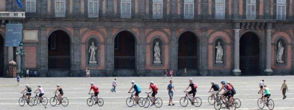 Bike Naples, il primo progetto per visitare Napoli a bordo di una bici