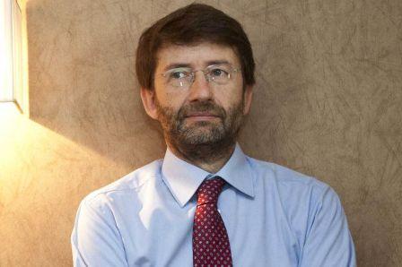 Il ministro dei beni culturali, Franceschini, parla a Pompei