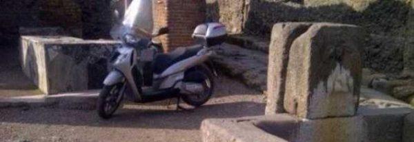 Il mistero dello scooter negli scavi di Pompei svelato