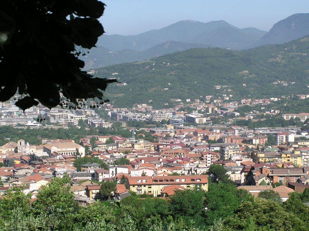 Mi Pueblo Ad >> Tragedia in Campania, si impicca a trent'anni