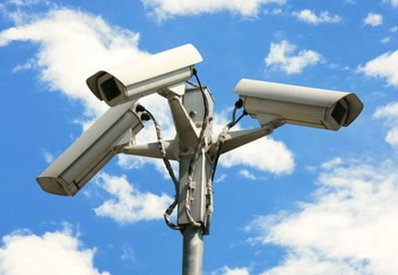 Essere sicuri in casa e al lavoro con la videosorveglianza a Bologna