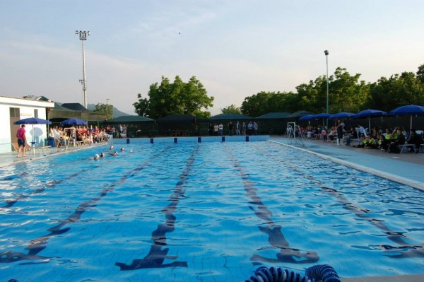 piscina-liveri
