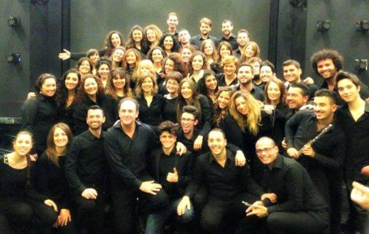 Coro Giovanile del Teatro di San Carlo.jpg