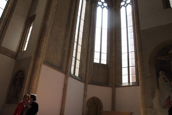 Donnaregina Vecchia, chiesa