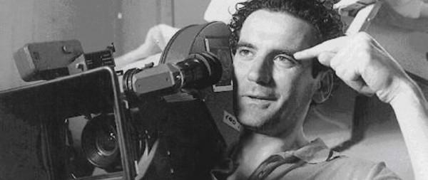 Omaggio della Rai a Troisi, questa sera in onda un film documentario per commemorarlo