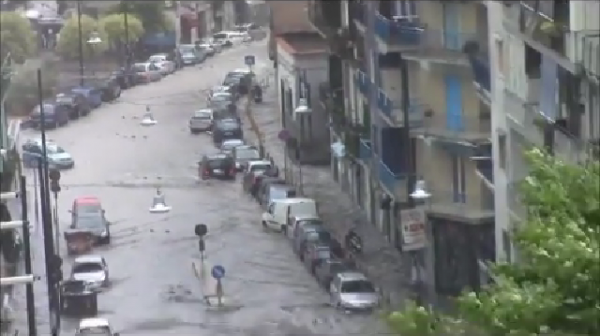 Tromba d'aria a Napoli