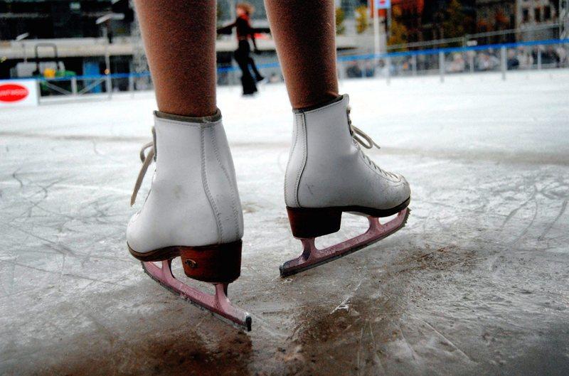 pattini su ghiaccio