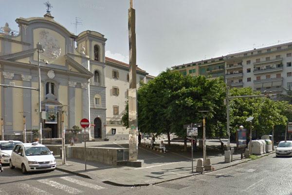 piazza-san-pasquale-a-chiaia1