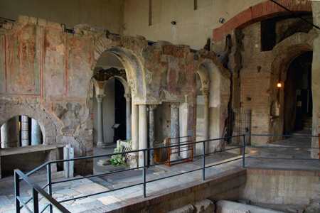Basiliche Paleocristiane di Cimitile_tomba San Felice