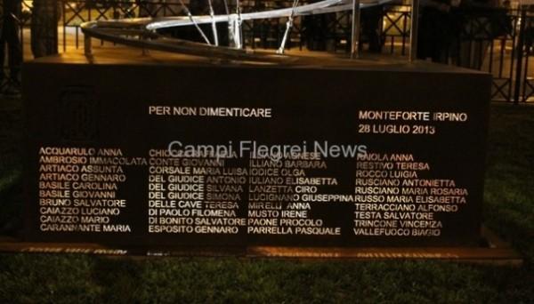 Cerimonia vittime bus