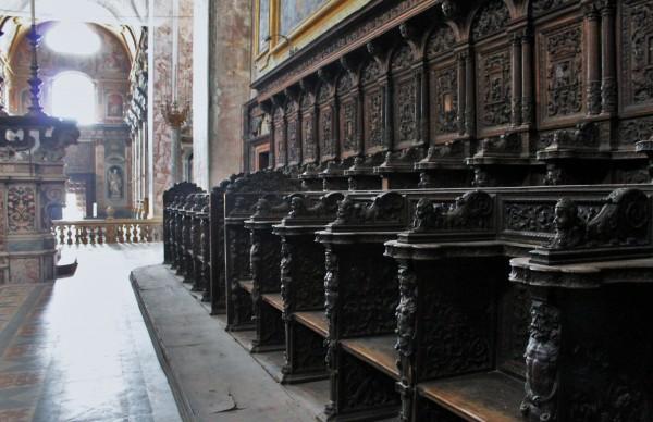 Coro Chiesa santi Severino e Sossio