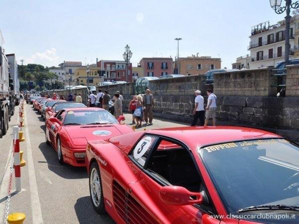 ISCHIA IN ROSSO - Le Ferrari sbarcano a Ischia