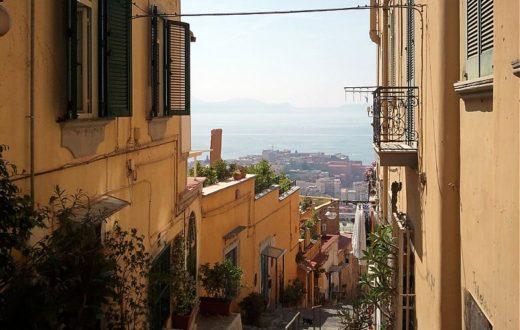 Napoli, scale del Petraio