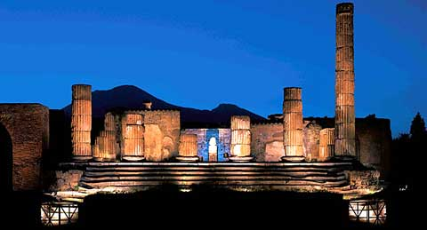 Pompei scavi notte