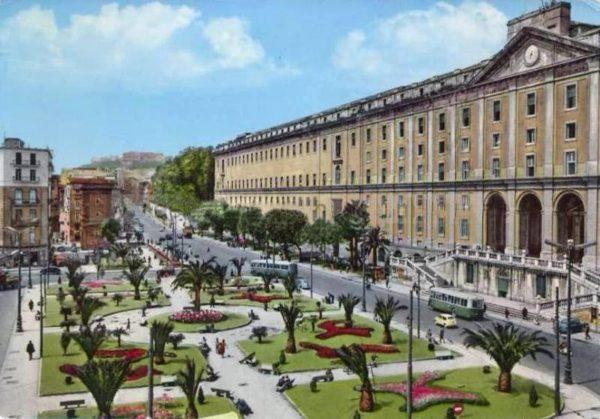 Restyling di Piazza Carlo III