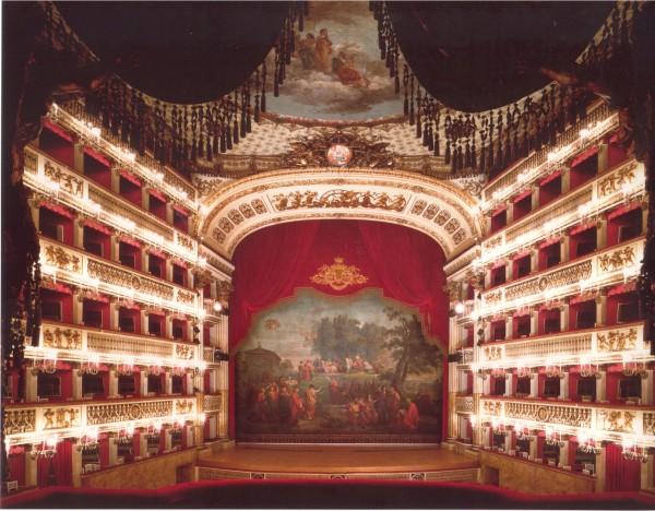 Teatrosan-carloIntero_11