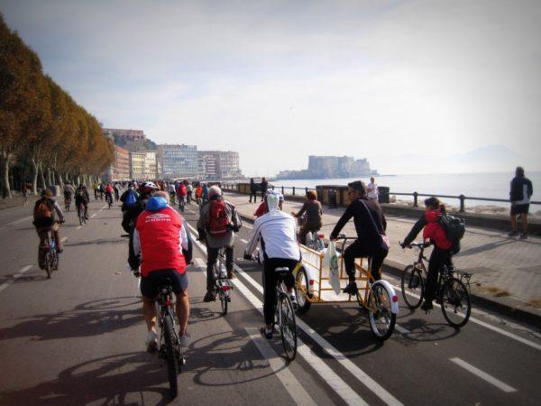 napoli in bici