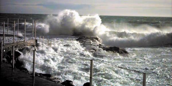 Sorrento, la Guardia Costiera mette in salvo nove naufraghi
