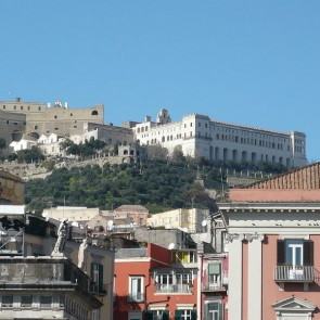 Napoli, il Comune affitta case a Posillipo e al Vomero per 24 Euro