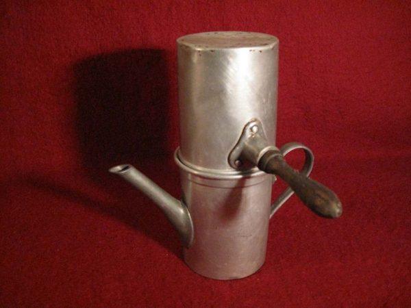 La caffettiera napoletana fu inventata da un parigino for Caffettiera napoletana alessi