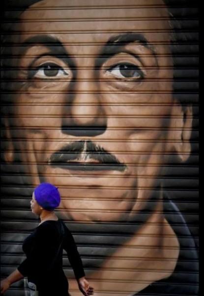 Eduardo murales occhi