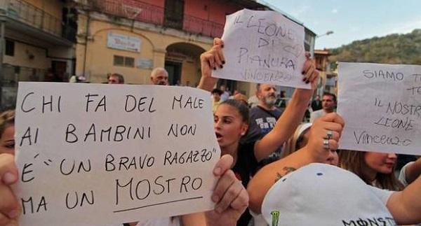 Protesta per Vincenzo
