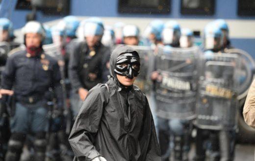 Scontri a Napoli per vertice BCE