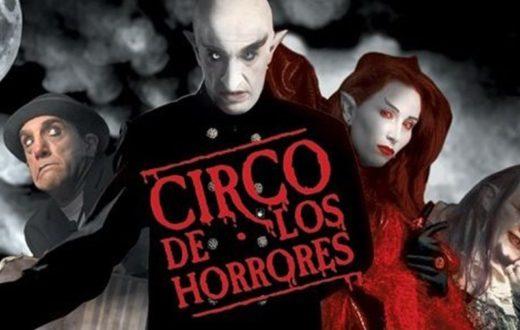 """Il """"Circo de Los Horrores"""" è finalmente giunto a """"terrorizzare"""" Napoli"""