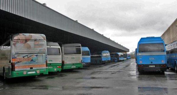 Tragedia in Campania: studentessa investita e uccisa da un bus al terminal
