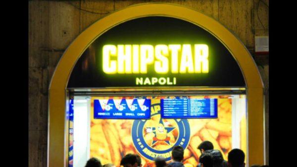 Napoli: boom di patatine fritte