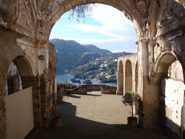 Interni Castello Aragonese.
