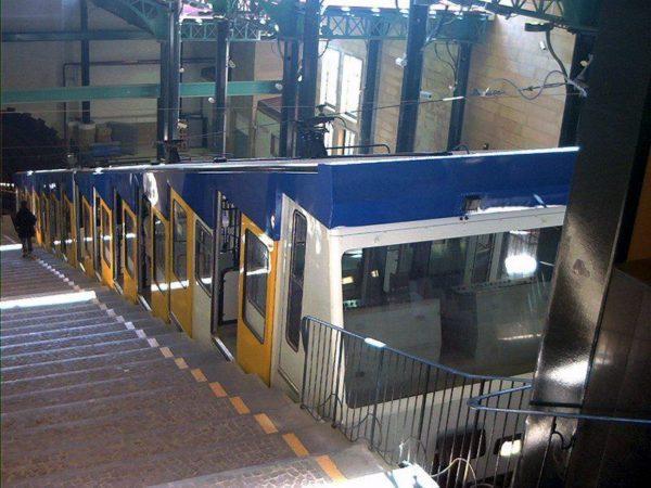 Napoli, metro e funicolare