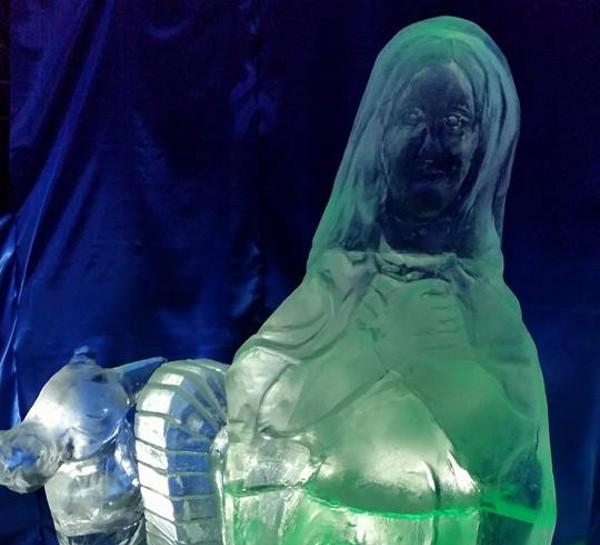 Il presepe di ghiaccio - La Madonna
