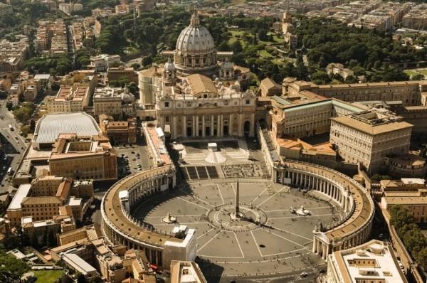 Piazza San Pietro di Città del Vaticano (Roma)